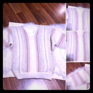 🦋2/$10 3/$15 4/$18 5/$20 Vintage Knit Sweater